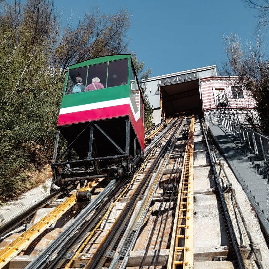 Funicular de Valparaíso no Chile