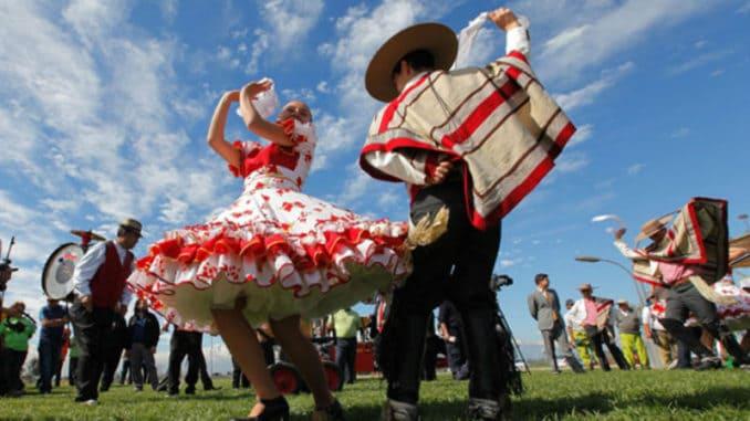 Santiago Do Chile Em Setembro: Festas Pátrias E Início Da Primavera